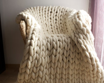 Chunky knit throw, Merino wool, Wool throw, Chunky blanket, Giant knit blanket, Grande Punto, Knitted blanket, unspun Merino wool