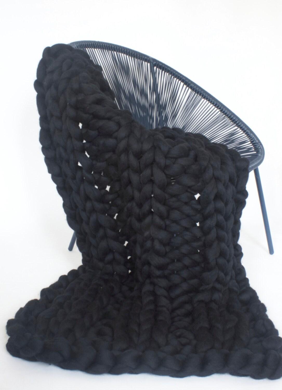 chunky schwarz stricken decke merino wolle wolle werfen etsy. Black Bedroom Furniture Sets. Home Design Ideas