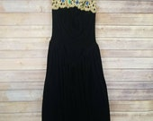 Vintage Gunne Sax Womens Dress Black Velvet Strapless Gold Jeweled Neckline Sz 4
