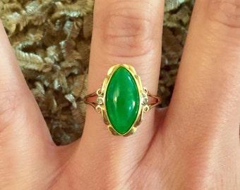 Vintage Elongated Marquise Jadeite Jade Diamond Ring 14k Gold, Vintage Jade Ring, Jade Ring, Jadeite Ring, Vintage 14k Jade Ring, Jade Ring