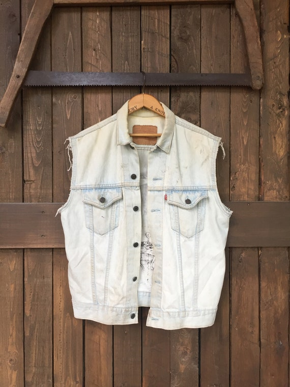 Distressed Levis Denim Vest || Altered Levis Jean