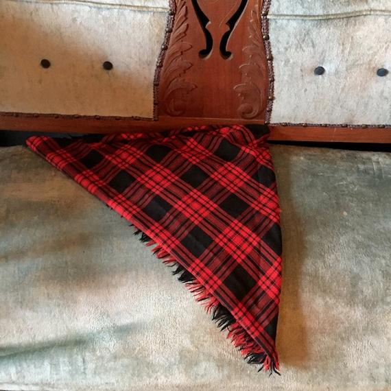 Buffalo Plaid Scarf ||  Highland Queen Wool Scarf