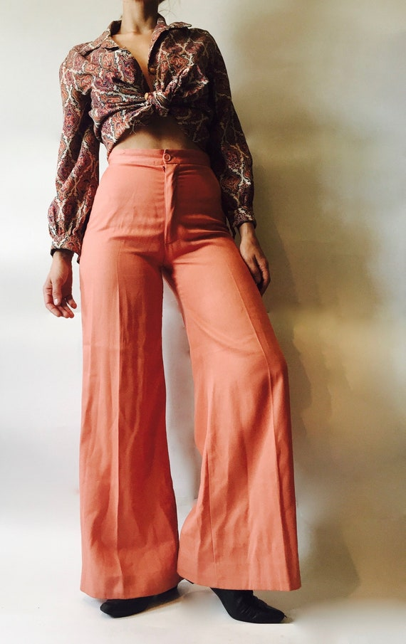 1970s salmon pink bell bottoms / 1970s bell bottom
