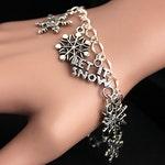 Snowflake Bracelet. Snow Flake Charm Bracelet. Snow Bracelet. Winter Jewelry. Snowflake Jewelry. Silver Bracelet. Handmade Jewelry.