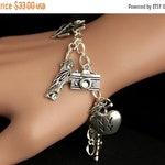 HOLIDAY SALE New York City Bracelet. NYC Charm Bracelet. Big Apple Bracelet. Travel Bracelet. Tourist Bracelet. Silver Bracelet. Handmade Je