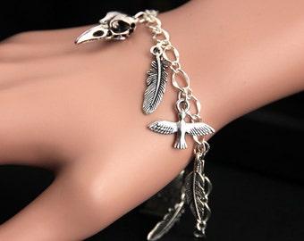 Raven Bracelet.  Bird Lover Charm Bracelet. Nevermore Bracelet. Crow Bracelet. Black Bird Bracelet. Silver Bracelet. Handmade Jewelry.