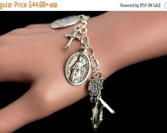 HALLOWEEN SALE Queen of Heaven Bracelet. Christian Bracelet. Queen Mary Catholic Charm Bracelet. Christian Jewelry. Religious Bracelet. Hand