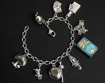 Wonderland Bracelet.  Wonderland Charm Bracelet. Alice's Adventures in Wonderland Bracelet. Silver Charm Bracelet. Handmade Jewelry.