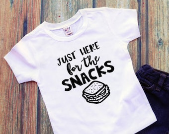 Daycare Shirt - Funny Toddler Shirt - I'm Just Here For The Snacks - Shirts With Sayings - Trendy Toddler Outfit - Daycare Outfit