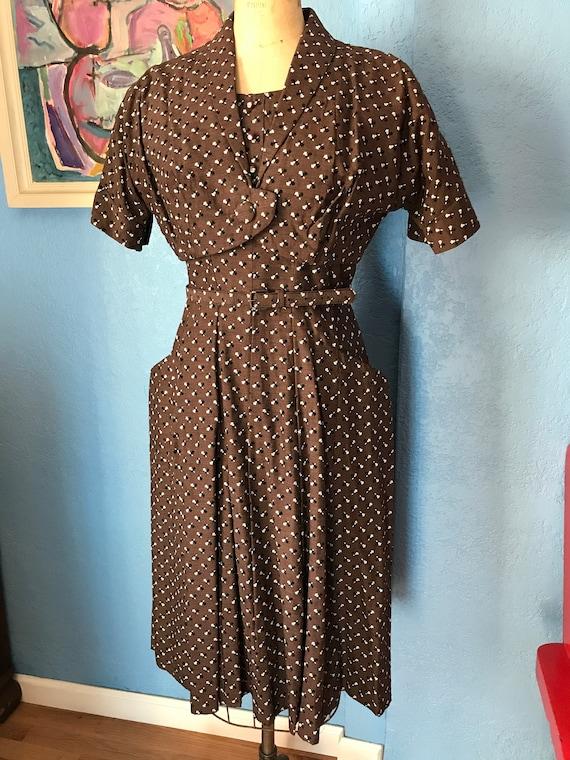 Vintage 1950s brown flocked floral pattern dress w