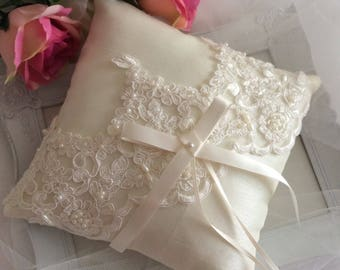 Lace Ring Pillow, Ivory Ring Pillow, Wedding Ring Pillow, Ring Bearer Pillow, Beaded Ring Pillow, Ring Cushion, Satin Ring Pillow