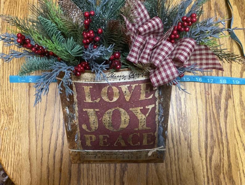 Primitive Christmas Decor Christmas Door Hanger Farmhouse Christmas Arrangement Handmade Merry Christmas Tin Hanger