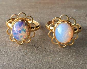 Opal Flower Ring//Flower Ring//Gold Flower Ring//Gold Ring//Man Made Opal//Opal Jewelry//Flower Jewelry