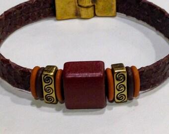 Earthy Swirl Leather Bracelet