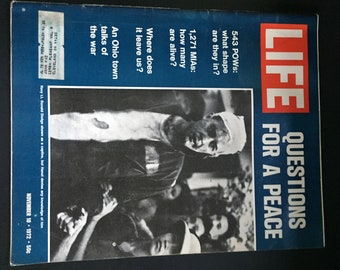 Life Magazine, November 10 1972, Cover-Questions for a Peace, Great History Memorabilia