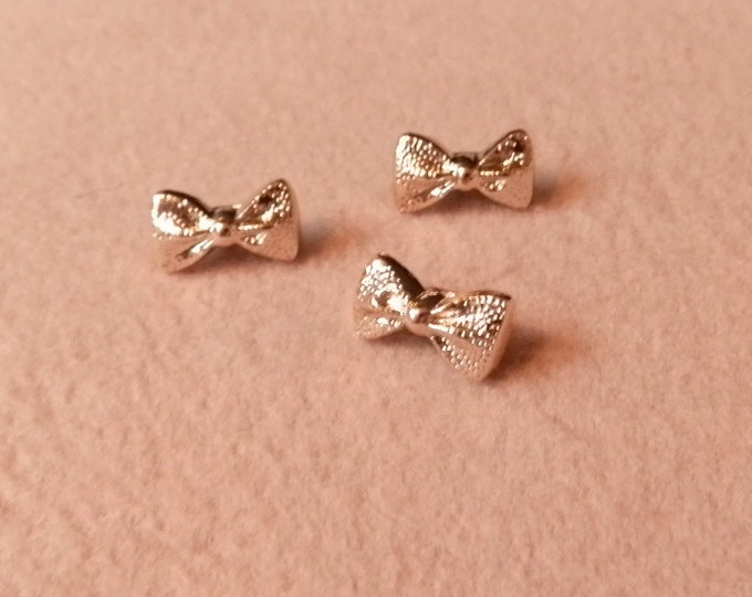 STUDIO JEPSON BUTTONS Gold bow buttons with shank