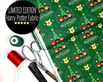 Harry Potter hogwarts Christmas fabric,    Harry Potter Quilting cotton fabric,  Green Christmas fabric by the Metre/ Yard