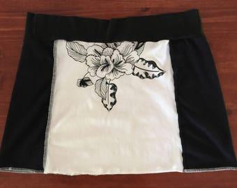 Black and White T-Shirt Skirt, Size  L