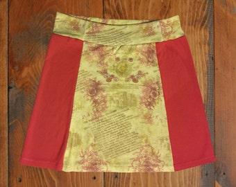 Coral/Light Yellow Floral Print T-Shirt Skirt, Size Medium