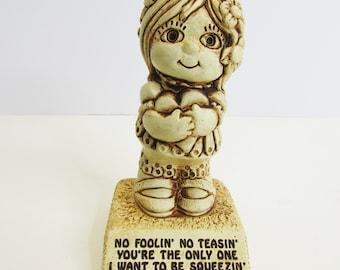 Vintage Most Wonderfullest Person Paula Sillisculpts Figurine - Retro 1970/'s Sentimental Trophy  Gift for Grandparents Best Friend Parents