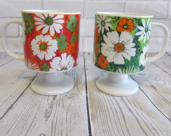 Vintage Footed Coffee Mugs Tea Cups Orange Green Daisies 60's Floral Made In Japan