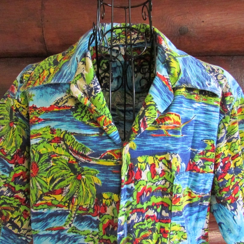 7b20c48d16ed2 Vintage 50s 60s Men s Hawaiian Shirt J C Penney Towncraft