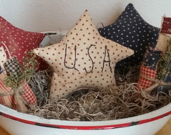 primitive patriotic stars and fireworks bowl fillers, Americana summertime decor, July 4th decor, OFG, FAAP, independence Day ornies decor,