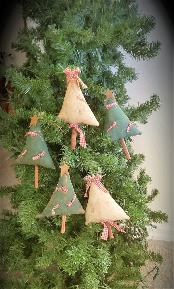 Primitive Christmas Tree.Primitive Christmas Tree Ornaments Primitive Ornies Tree Bowl Fillers Ofg Fapm Farmhouse Ornaments Country Christmas Rustic Ornies