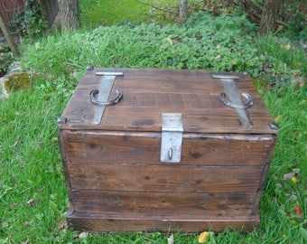 Handmade wooden trunk from reclaimed timber