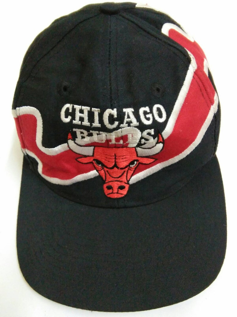 Rare Vintage CHICAGO BULLS Hat Cap Vintage Cap Embroidered  504df27a944
