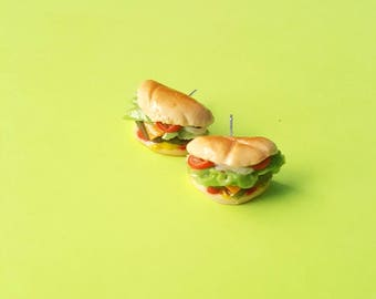Cheeseburger earrings, clay charm, miniature food, dollhouse, jewelry