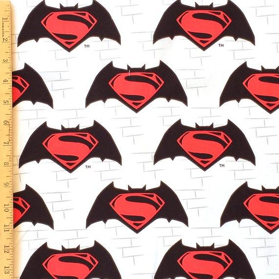 BATMAN   Vs  SUPERMAN   MAN OF STEEL DARK  KNIGHT CAMELOT FABRICS   FAT QUARTER