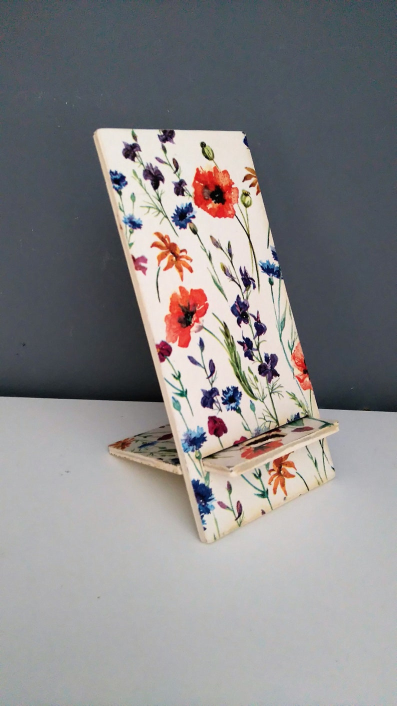 Wild flowers phone stand floral home decor