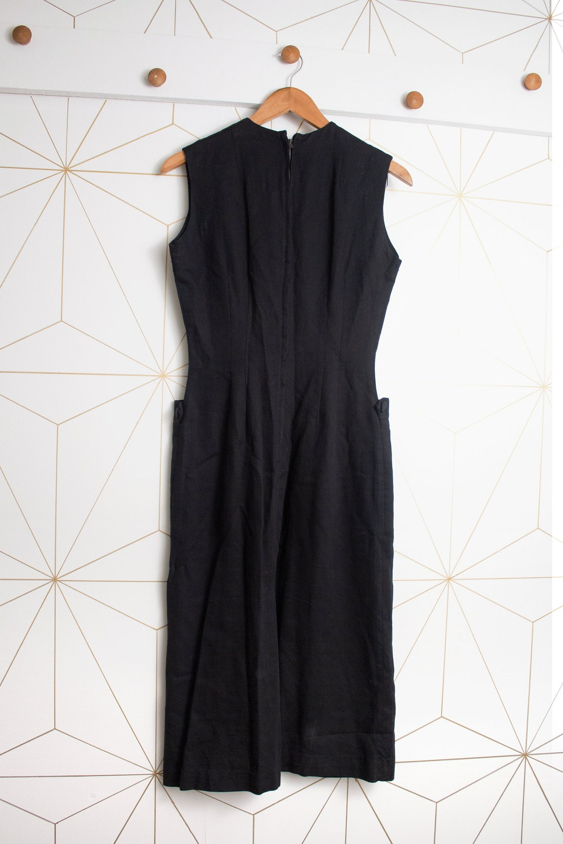 1950s Black Sheath Dress with Pockets  Size Small  All