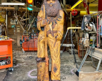 Mountain Man Chainsaw Carving