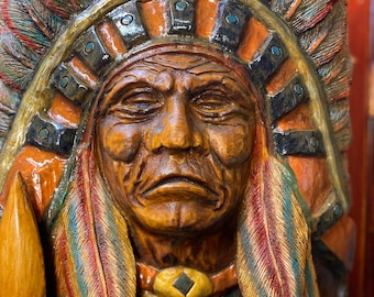 Cigar Store Indian : Chainsaw Carving