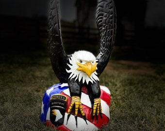 Chainsaw Carving: Eagle a d American Flag