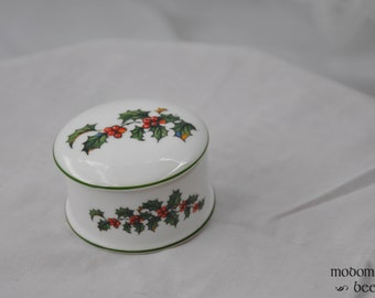 Small Porcelain Trinket Box with Holly Designs