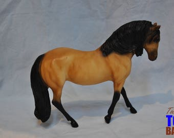 Classic Breyer Model Horse #648 Buckskin Lusitano Horse, Andalusian Mare Mold 1999-2000