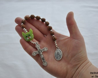 St. Gertrude Patron Saint of Cats One-Decade Kids' Rosary With Lampworked Glass Green Cat Bead and Palm Wood Beads