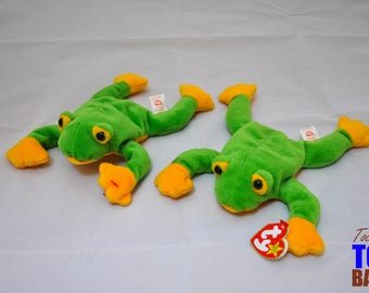 Smoochy the Frog: Vintage 1997 Beanie Baby