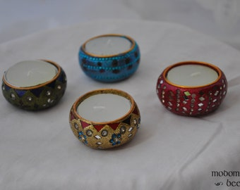 Tealight Candle Set of 4 with Sparkling Gold, Red, Blue, and Green Holders