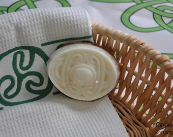Modomnoc's Bees Celtic Knot Work Irish Oval Soap - Your Choice of Goat Milk or Shea Butter and Scent