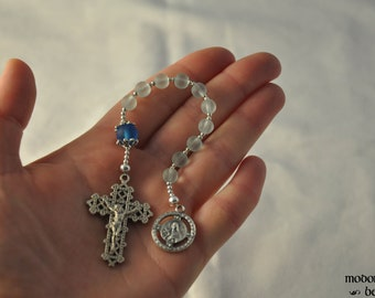 Blue Seaglass St. Therese of Lisieux One-Decade Rosary With Pewter Lattice Crucifix