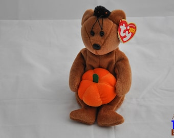 Hocus the Halloween Bear with Pumpkin and Spider 2004 Ty Beanie Baby