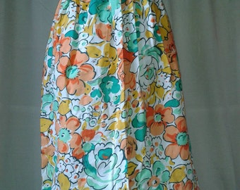 f414fcdffb7a7 Vintage St.Michael button fronted cotton floral skirt. 26inch waist. 100%  Cotton.