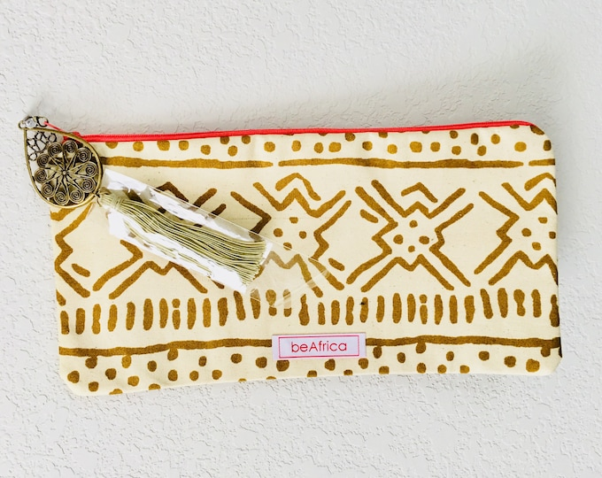 Featured listing image: Purse - African - Thema Pouch (LG) -  safari