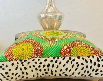 Meditation pillow- Meditasie kurring decorative pillows - 18x18- Goudbrstemming (Gold Destiny)