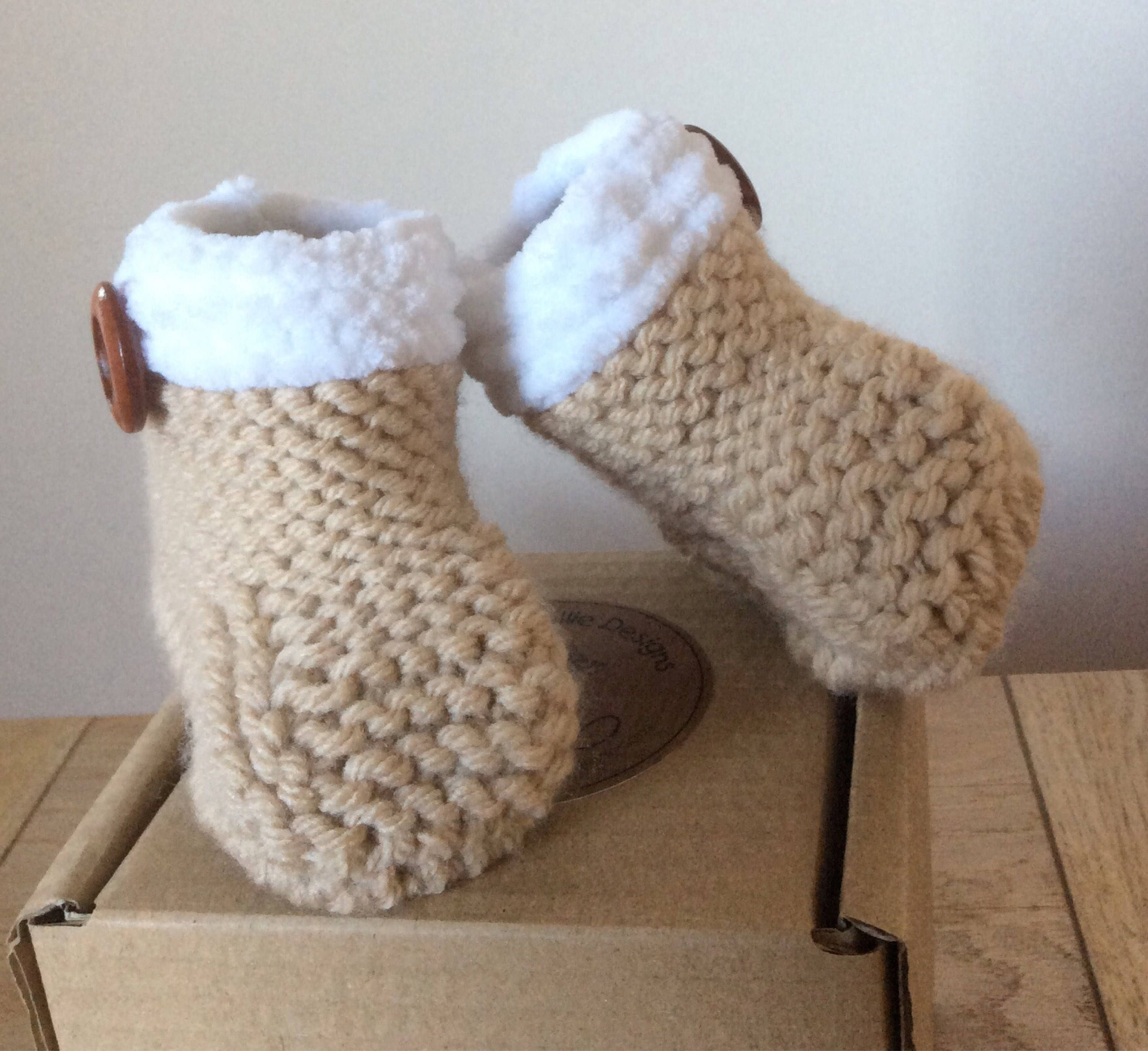 30e7e2cc2382b Wool Winter baby boots, Cream hand knit baby booties, Chunky knit, Handmade  pram shoes, Baby shower, New baby gift