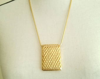 Gold Geometric Pendant Statement Necklace Vintage with Snake Chain Shiny Bright and Bold Peekaboo Mesh Rectangle Costume Jewelry